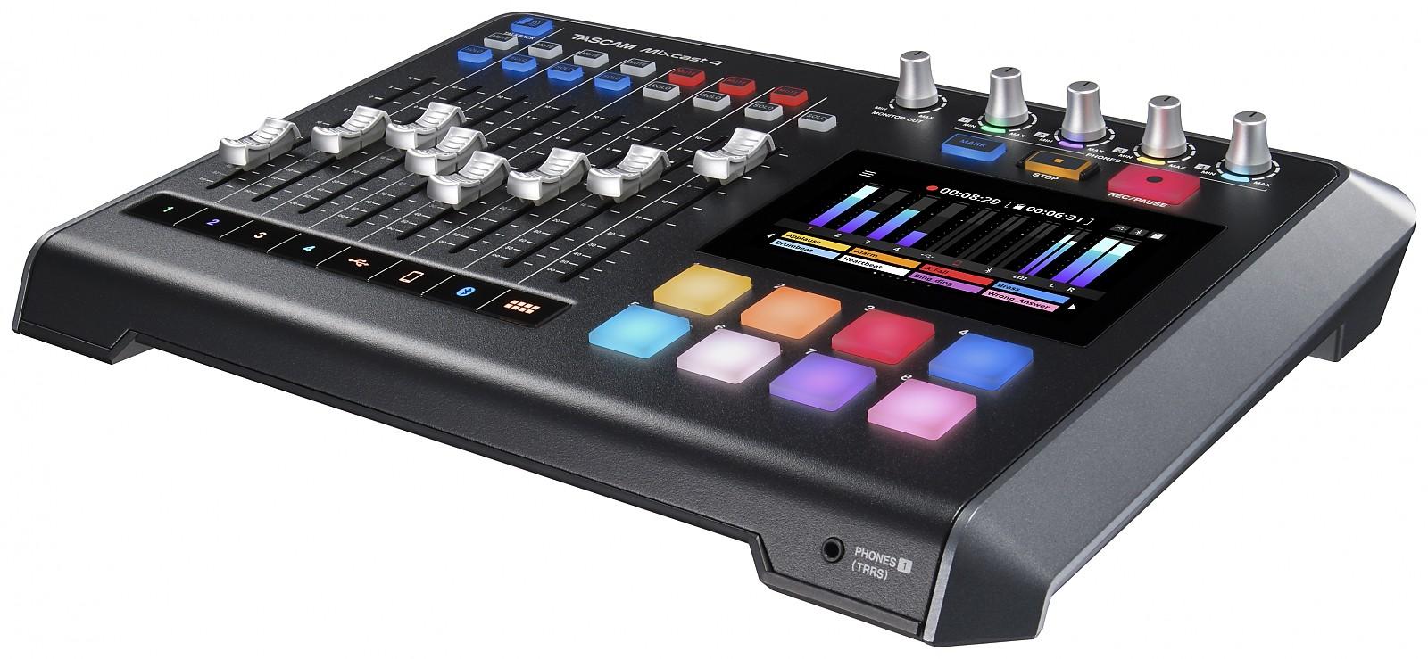 Mixcast 4 TASCAM Console de Production Audio